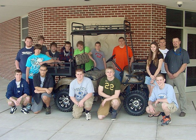 Dallastown Students with their Electric Buggy Built with Allied Wire